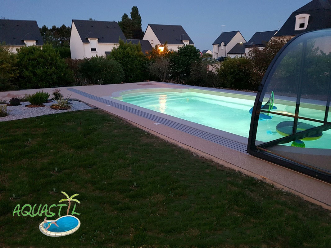 constructeur de piscine coque caen bayeux normandie pisciniste caen aquastil piscines. Black Bedroom Furniture Sets. Home Design Ideas